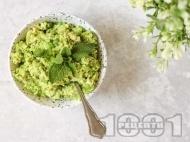 Рецепта Вегетарианска нисковъглехидратна разядка с тофу, грах и авокадо